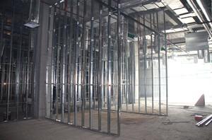 800平米办公室工业风格轻钢龙骨隔断装修效果图