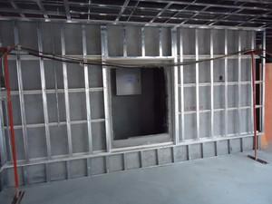 400平米办公室工业风格轻钢龙骨隔断装修效果图