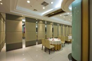 900平米現代風格飯店石膏隔斷裝修效果圖