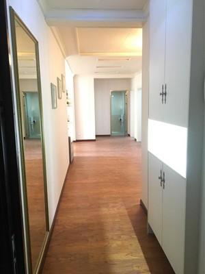 50平复式现代欧式风格走廊橱柜设计装修效果图