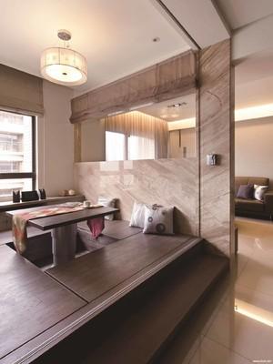 145平大户型现代简约风格客厅沙发榻榻米装修效果图