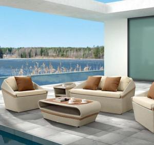127平米跃层客厅阳台沙发装修效果图