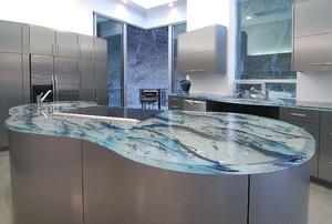 300平米别墅玻璃台面橱柜装修效果图