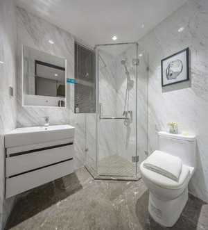 130平米三居室簡約風格房屋衛生間裝修效果圖