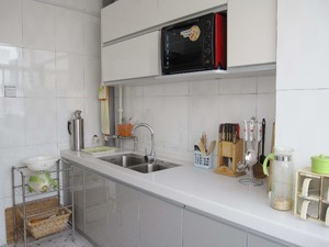 180平米躍層白色玻璃櫥柜裝修效果圖
