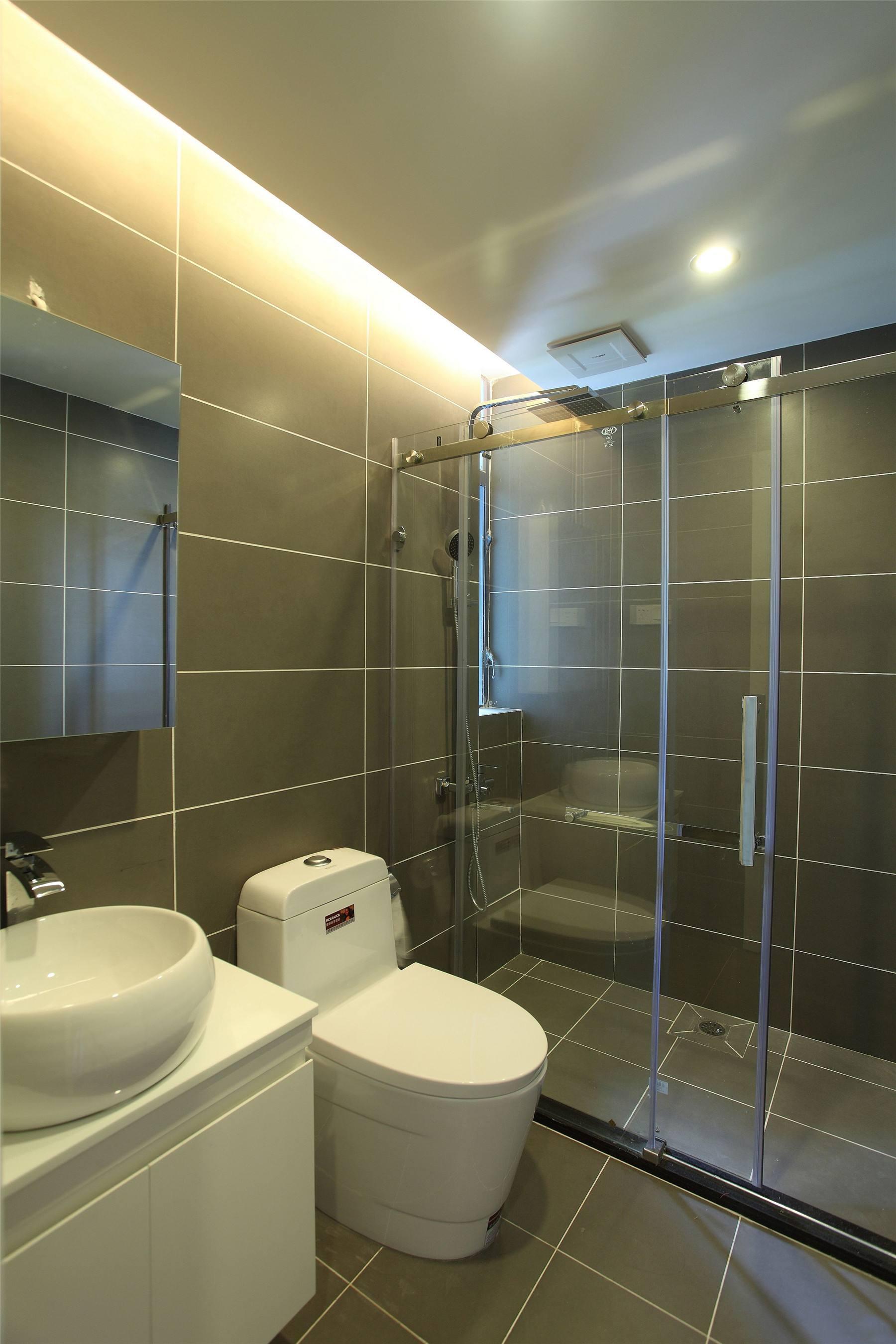 89平米房子简单中式风格淋浴隔断装修效果图