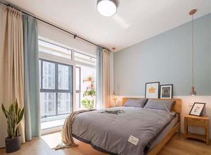 120平米臥室現代簡約飄窗窗簾裝修效果圖