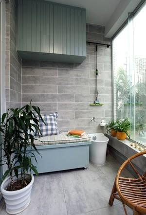 70平米現代正方形陽臺花園家裝實景圖片