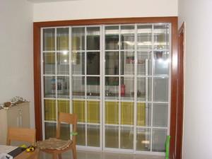 躍層中式陽臺廚房推拉玻璃門效果圖