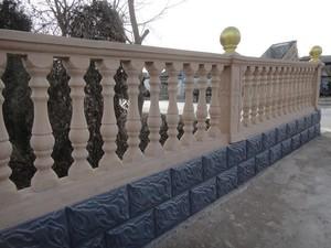 北歐簡約風格羅馬柱圍墻欄桿裝修效果圖