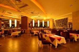 100平米小型西餐廳裝修效果圖