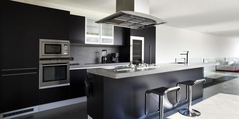 复式黑白配厨房装修效果图