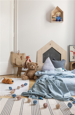 兒童房地臺床裝修效果圖