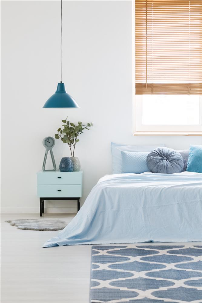 淺藍色臥室裝修效果圖