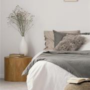 卧室北欧床头柜90平米装修