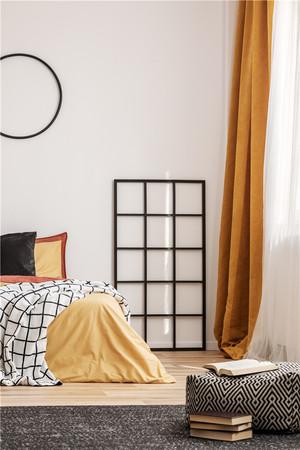 卧室地台床装修效果图