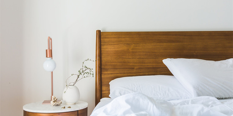 小户型自然风床头柜设计效果图