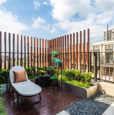 120平米现代风顶层阳台装修效果图