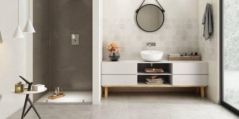大户型简欧风格卫生间浴室柜装修效果图
