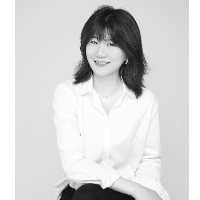 爱德尔龙发设计师刘小花