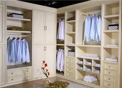 冠特定制衣柜 给你更好的家