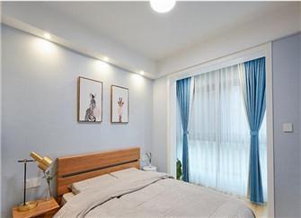 南京90平新房装修案例 阳台秒变衣帽间