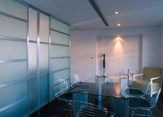 装饰玻璃种类有哪些 家里装修用什么玻璃好