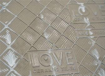 娄底装饰详解瓷砖背面标注的字母和白线条