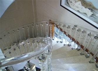 水晶楼梯扶手耐用吗 水晶楼梯扶手多少钱一米