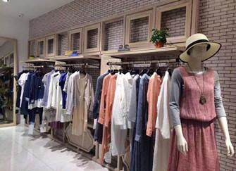 郑州女装服装店装修设计 郑州服装店铺环保装修攻略