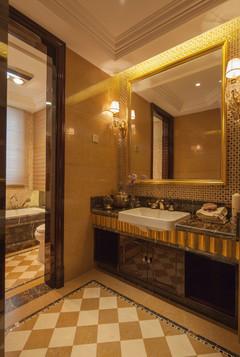 戈雅公寓欧式风格装修案例